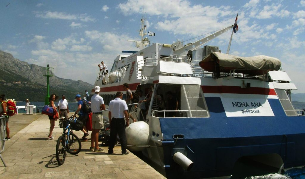 Local fast ferries for great island hopping experience