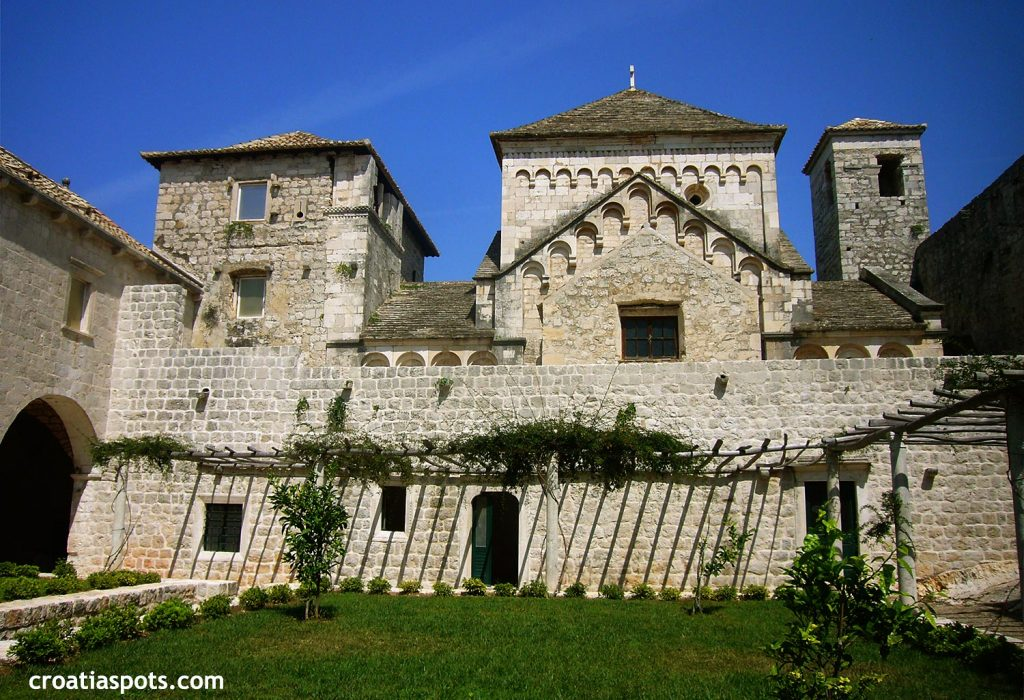 Benedictine Monastery at St Mary's Islet - inside court, walls and towers
