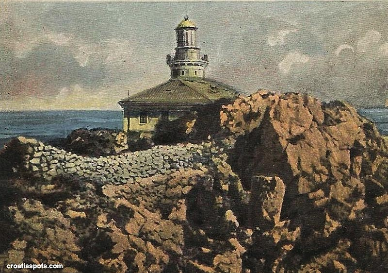 The lighthouse  in the 1900s - artist impression